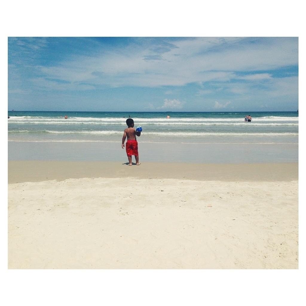 Wordless Wednesday: iphonography:Beach Style