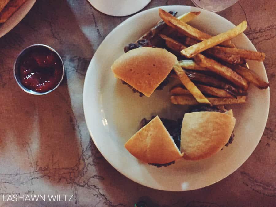 gluten-free-buns-teds-montana-grill