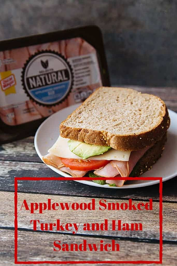 it's so hard to find great healthy food for lunches! But this Applewood turkey and ham sandwich made with oscar mayer naturals deli meat is so good and perfect for lunches! #OscarMayerNatural #sponsored #AD