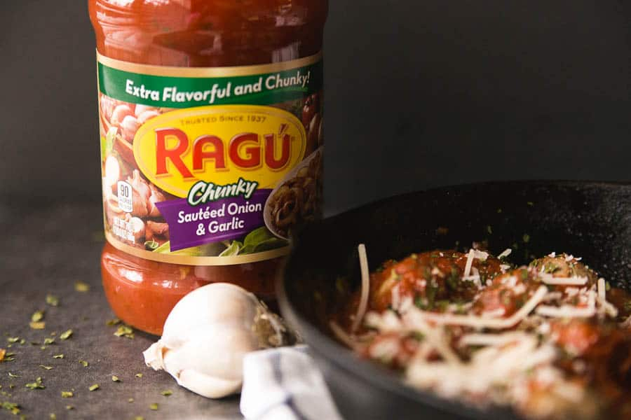 These oven baked meatballs are so easy to make. Especially when you use Ragu!