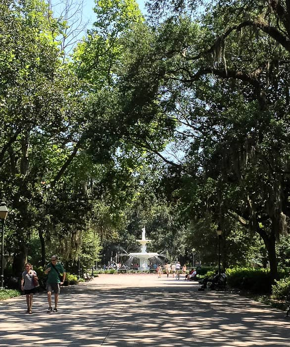 Fountain in forsyth park savannah