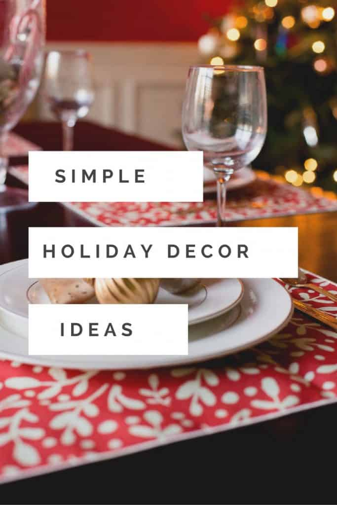 You don't have to go all out for the holidays. Sometimes less is more! To save time and your sanity, check out this simple holiday decor with help from Minted. #sponsored