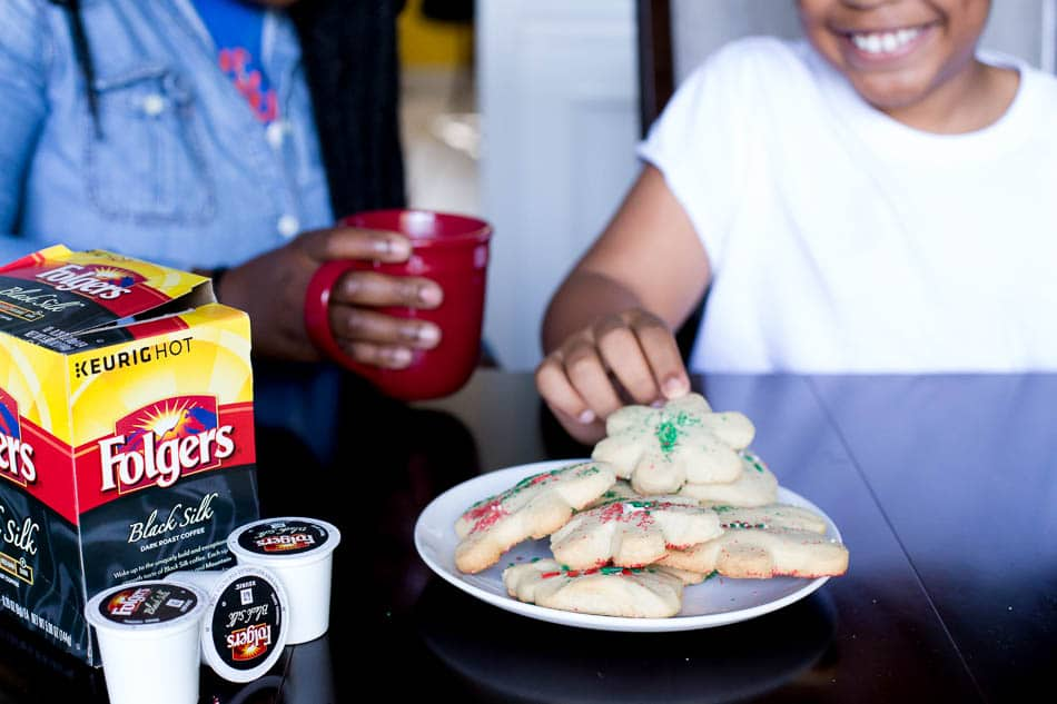 christmas cookie recipe and making traditions with Folgers
