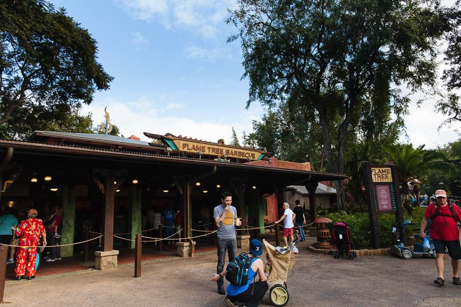 eat gluten free at walt disney Flame Tree Barbecue
