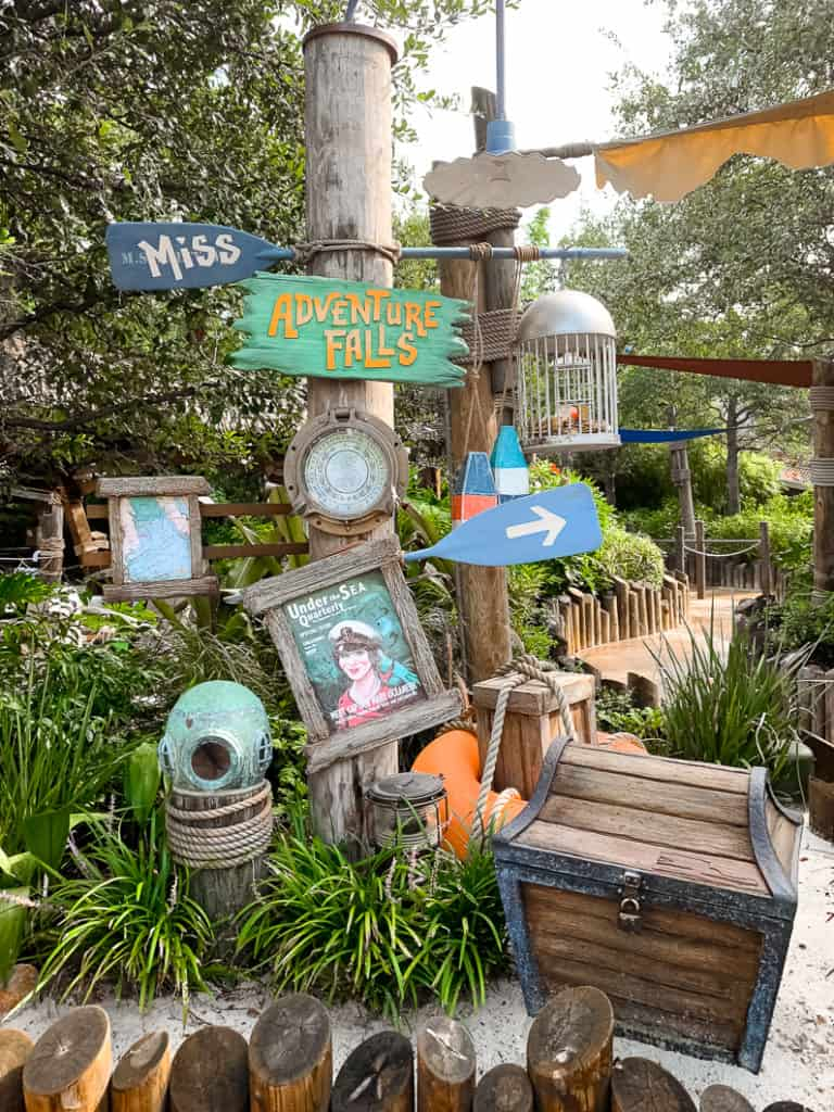 Disney Typhoon lagoon Adventure Falls