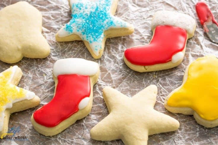 Gluten Free Sugar Cookies - SOFT + No Refrigeration! {vegan option}