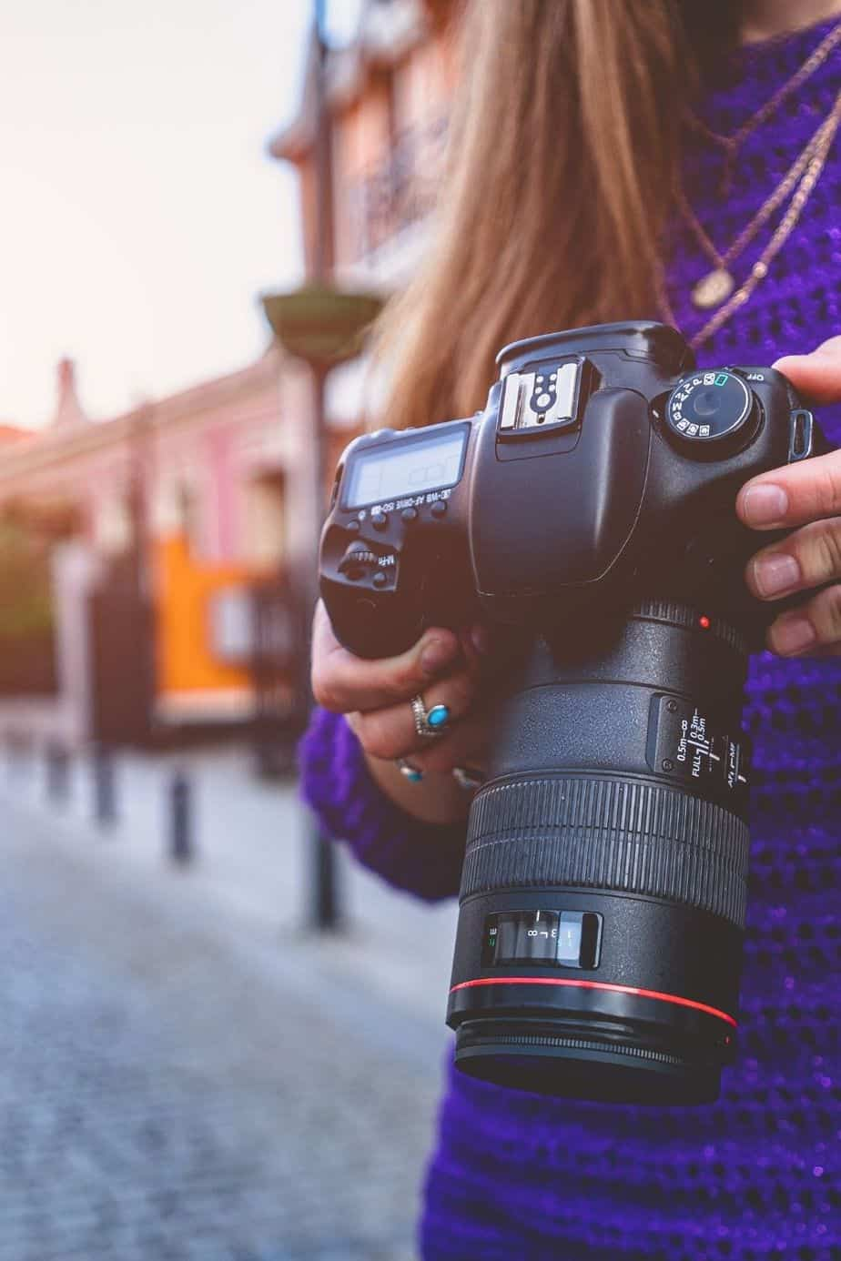 The Best Cameras for Moms: A Guide