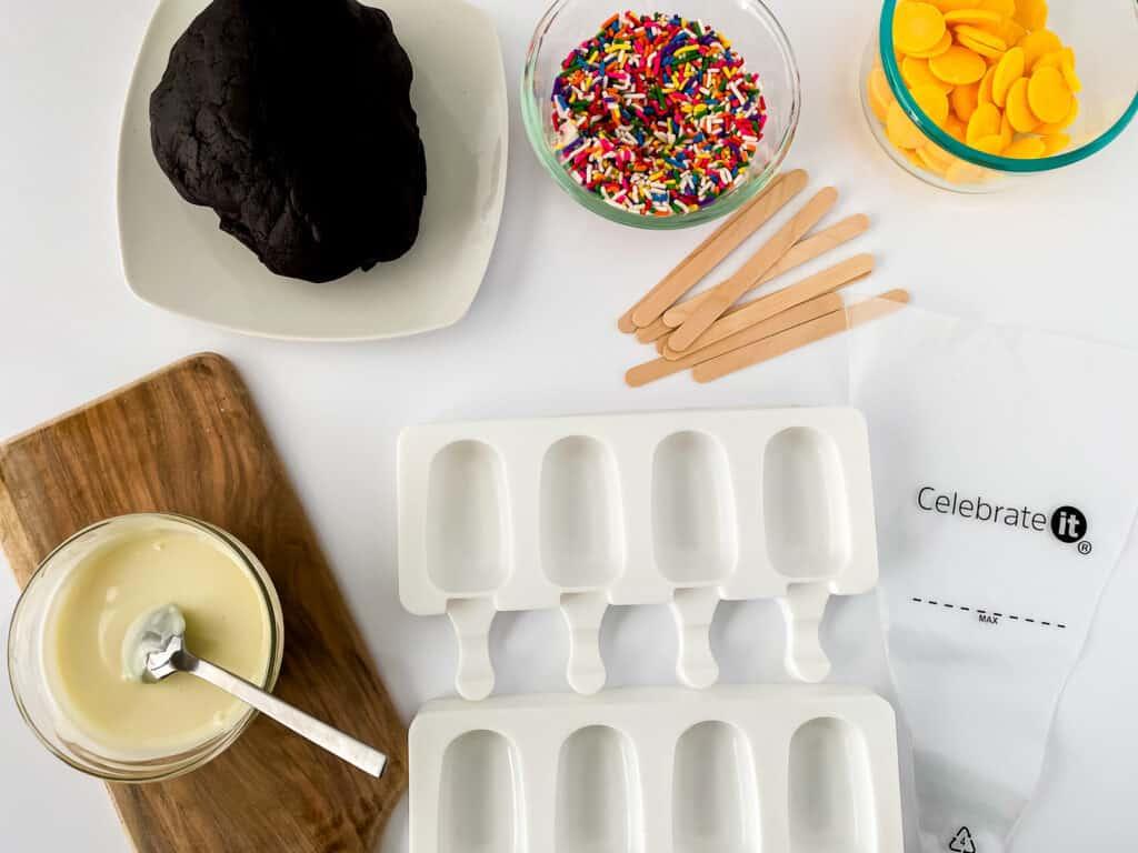 prep to start making cakesicles